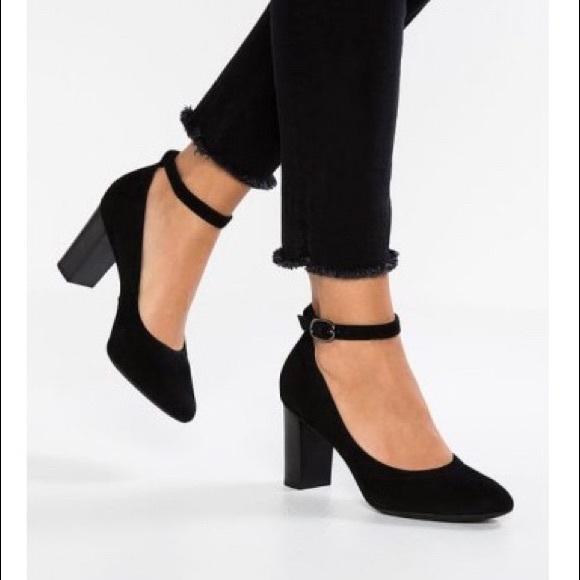128be0346a8a5 Clarks Shoes | Chryssa Jana Ankle Strap Heel 65 | Poshmark